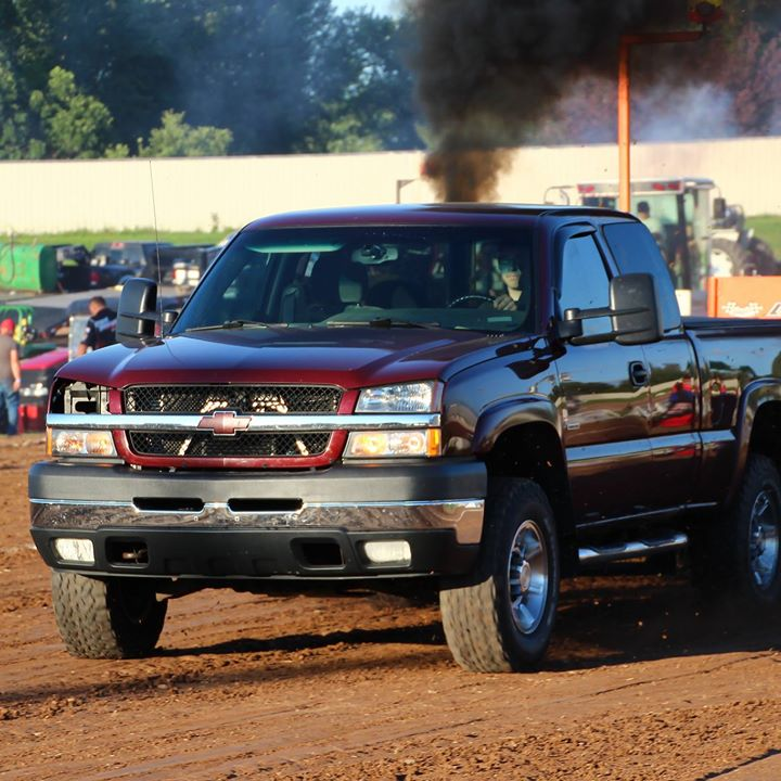 Sports 500 People Source Best Of The Midwest Truck And Tractor Pull