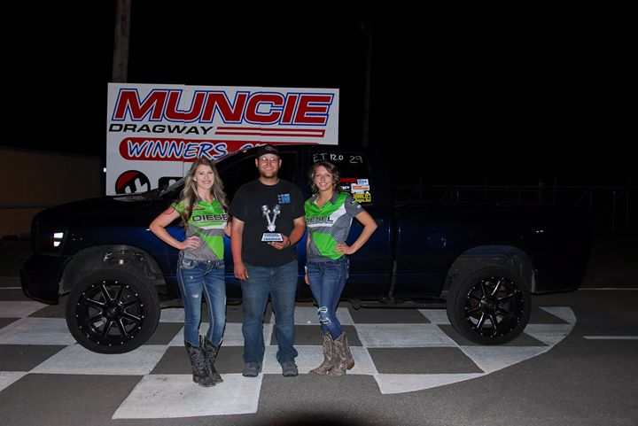 1527544891_348_i-want-to-thank-muncie-dragway-and-all-of-our-staff-who-made-the-event-a-fun-way.jpg