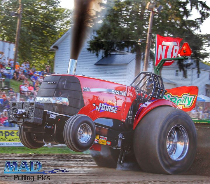 """RED HORSE"""" Blagrave Pulling Team Langford Northeast"""