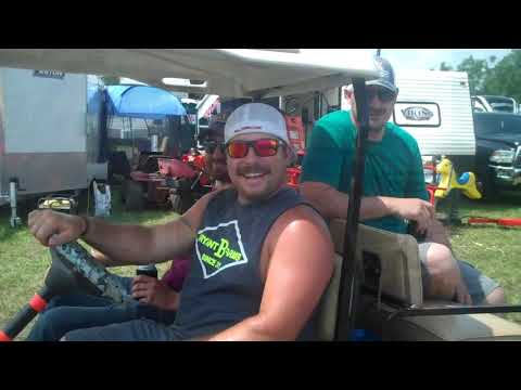 campground-ride-in-bowling-green-tractor-pull.jpg