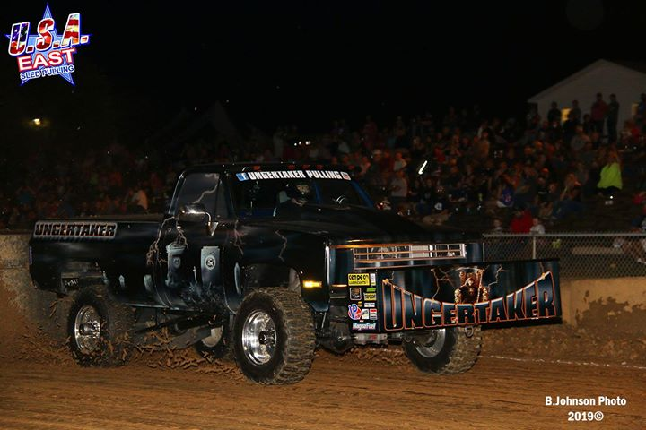 the-super-street-gas-4x4-trucks-were-in-action-again-on-thursday-night-in-sykesv.xx&oh=539b966e5a2f57b1824ea3e843c68144&oe=5DD4BCD5