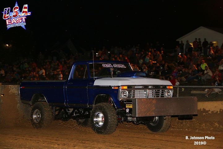 the-super-street-gas-4x4-trucks-were-in-action-again-on-thursday-night-in-sykesv.xx&oh=954ef32bc48b16524ff31e6f82d2d761&oe=5DCB1F14