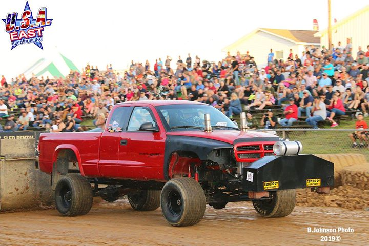 the-usa-east-sanctioned-4500lb-modified-4x4-trucks-opened-the-sykesville-event.xx&oh=18b89c438780ccb814db613ccc811a99&oe=5DEC1533