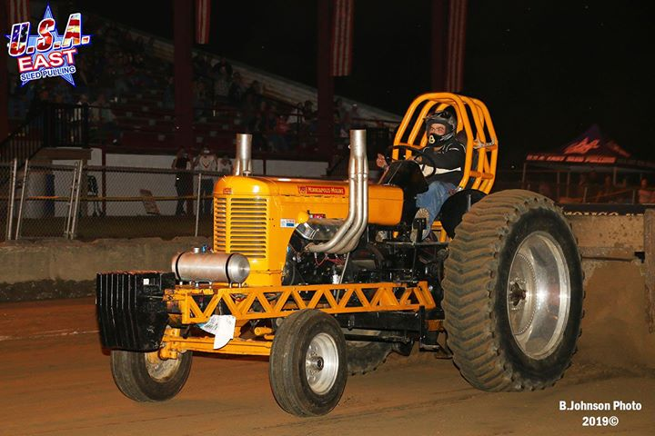 twenty-of-the-usa-east-sanctioned-hot-rod-v-8-tractors-entered-the-point-class-a.xx&oh=04ea826403afe326df3c8a83f56d0e61&oe=5E107532