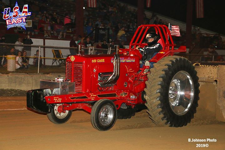 twenty-of-the-usa-east-sanctioned-hot-rod-v-8-tractors-entered-the-point-class-a.xx&oh=7ac3b4691cd0273076649c04729633f3&oe=5E07759B